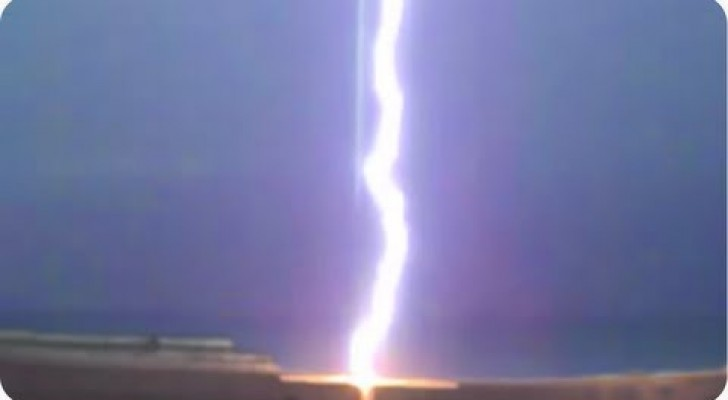 Fulmine a pochi metri di distanza!
