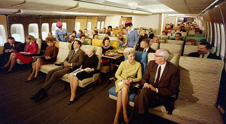 Comment voyageait-on en avion dans les années 70? RIEN à voir avec aujourd'hui ...