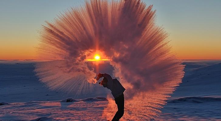 Il lance une tasse de thé chaud au Pôle Nord... le résultat est magnifique!
