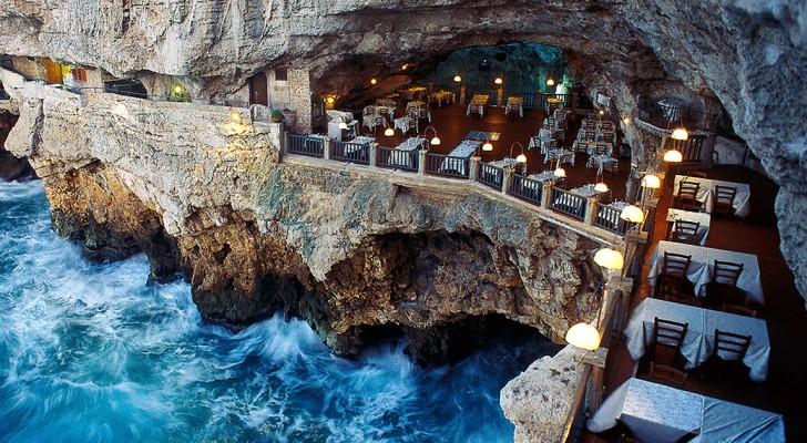 Dit restaurant bevindt zich in een grot: het uitzicht is adembenemend mooi!