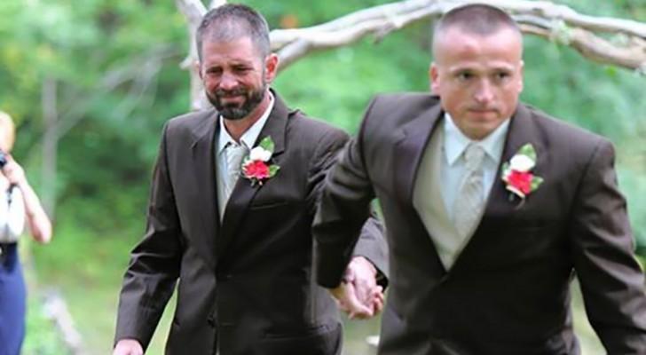 Op weg naar het altaar met de bruid, neemt de vader de hand van een andere man: de reden is ongelooflijk.