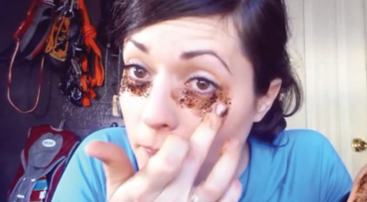 Beauty hack!  --- Use coffee grounds to reduce bags under your eyes!