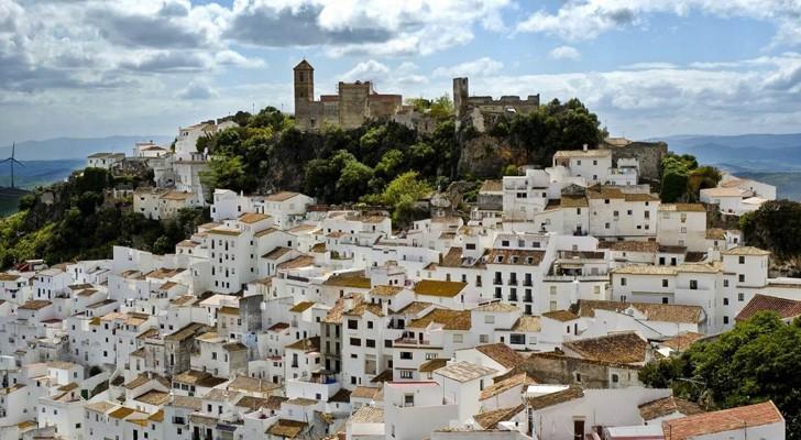 In Spagna esiste un paesino in cui tutti gli abitanti hanno un lavoro e non esiste nessun mutuo da pagare