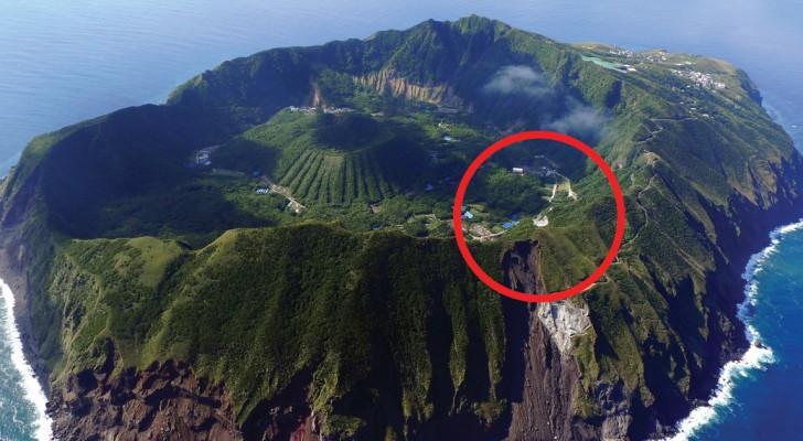 Un pueblo construido en la boca de un volcan : que cosa lleva a los habitantes a vivir alli?
