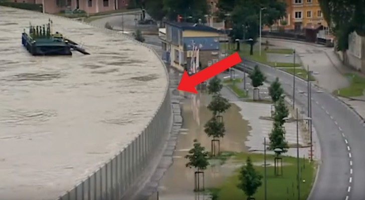 Mobile Anti-Flood walls save a city!