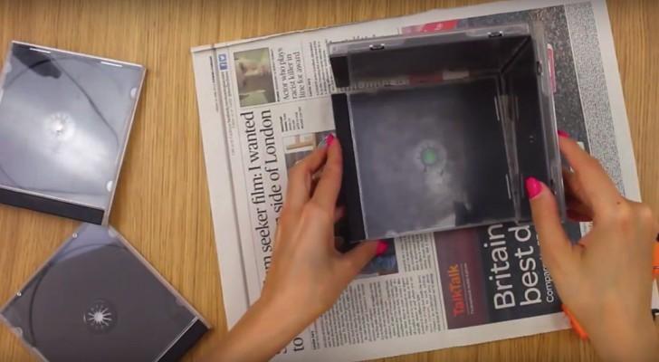 Ecco a voi un'idea deliziosa per riciclare le vecchie cover dei CD in modo originale