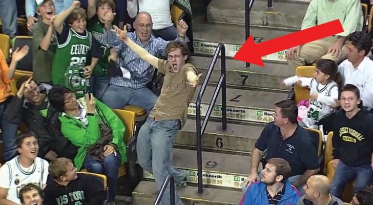 Começa a música no intervalo: a reação muito doida deste cara conquista a todos!