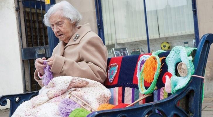 L'artiste de rue la plus vieille du monde ? Elle a 104 ans et crée des œuvres merveilleuses!